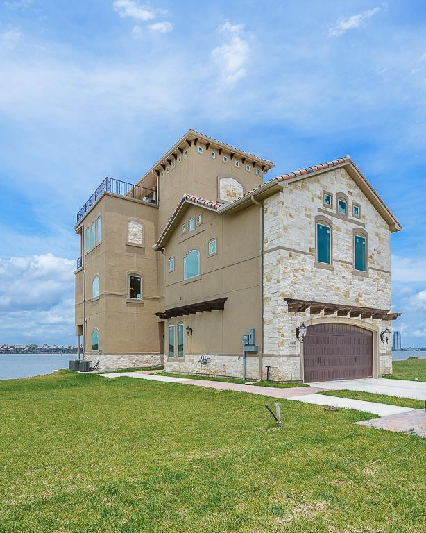 2458 Beacon Circle, League City, TX 77573 (MLS #38459074) :: REMAX Space Center - The Bly Team