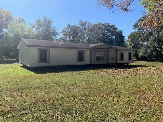 2068 County Road 332, Cleveland, TX 77327 (MLS #38638238) :: The Parodi Team at Realty Associates