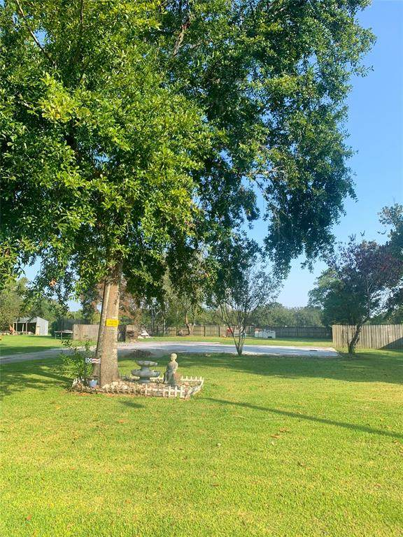 1113 Hoelewyn Drive, Angleton, TX 77515 (MLS #38698375) :: Keller Williams Realty