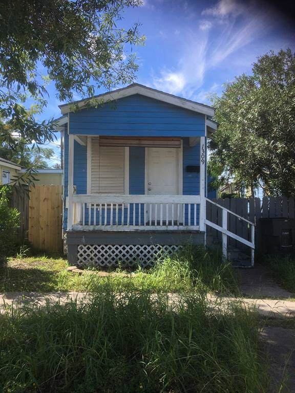 1309 55th Street Street, Galveston, TX 77551 (MLS #3890127) :: Ellison Real Estate Team
