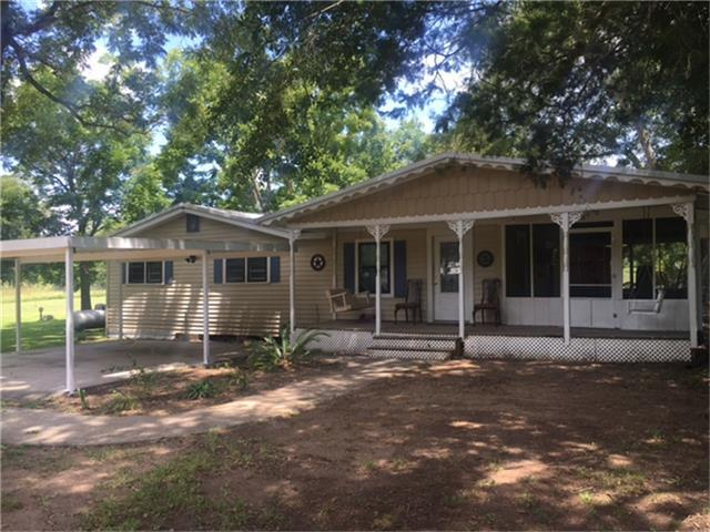 145 Little Road, New Waverly, TX 77358 (MLS #39168869) :: Mari Realty
