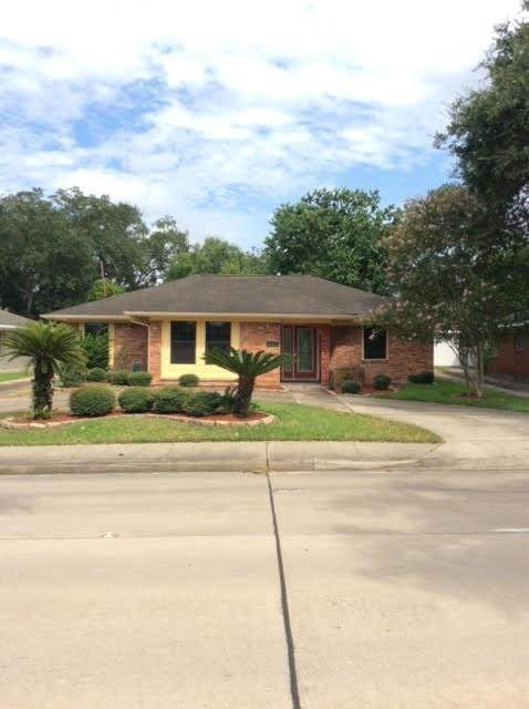3315 S Braeswood Boulevard, Houston, TX 77025 (MLS #39394606) :: The SOLD by George Team