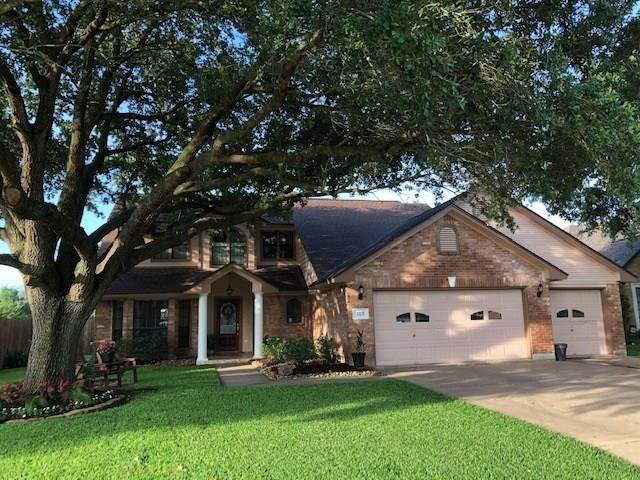 105 Zinnia Street, Lake Jackson, TX 77566 (MLS #39512739) :: Christy Buck Team