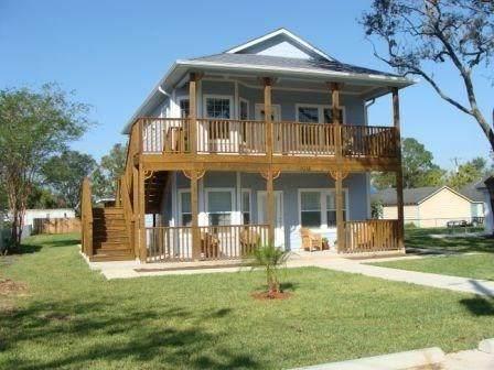 1018 S Booth Lane, Alvin, TX 77511 (MLS #39848946) :: Giorgi Real Estate Group