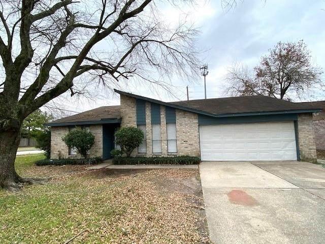 9703 Appleridge Drive, Houston, TX 77070 (MLS #40388009) :: The Queen Team
