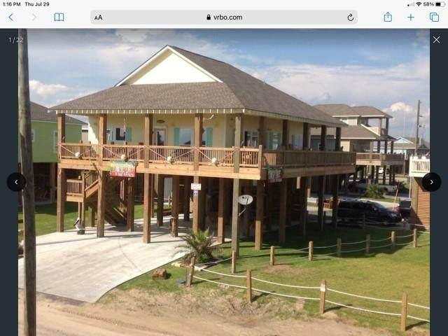970 S Stingaree Drive, Crystal Beach, TX 77650 (MLS #40478117) :: Guevara Backman