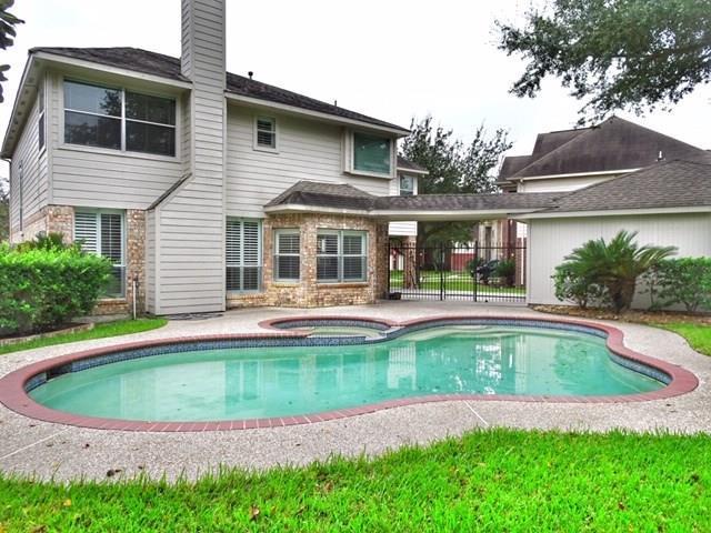 2210 Laurel Forest Way, Houston, TX 77014 (MLS #40685038) :: Caskey Realty