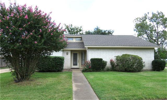 7402 Shady Vale Lane, Houston, TX 77040 (MLS #41039392) :: Giorgi Real Estate Group