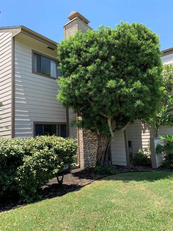 7069 N Holiday Drive, Galveston, TX 77550 (MLS #41082146) :: Caskey Realty