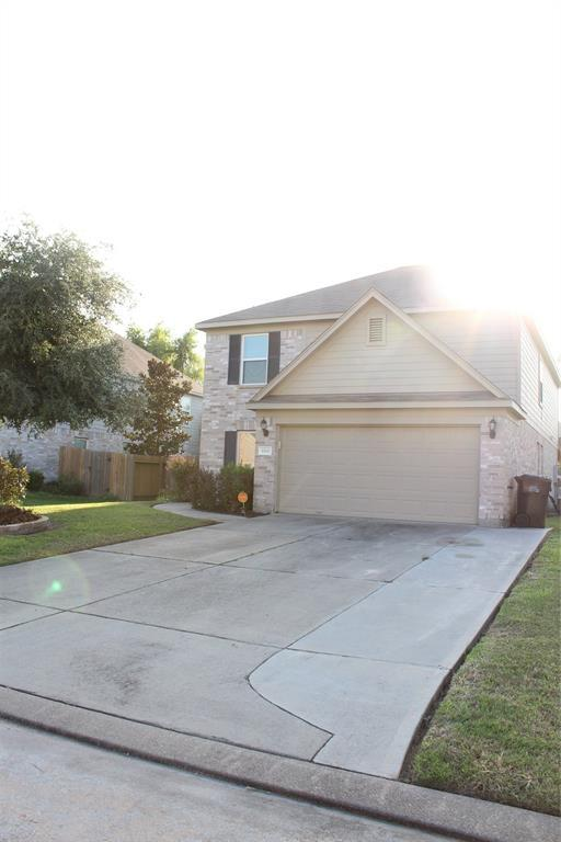 10611 Red Spruce Lane, Houston, TX 77040 (MLS #41215111) :: The Heyl Group at Keller Williams