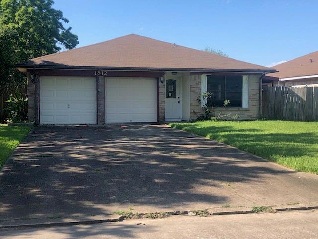 1812 Chickadee Drive, League City, TX 77573 (MLS #41325752) :: Texas Home Shop Realty