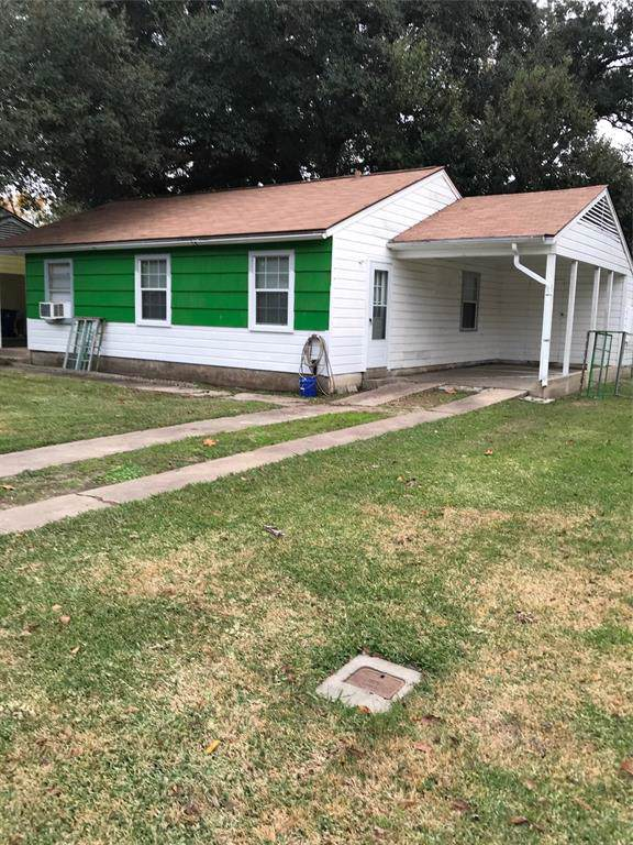 728 Kyle Street, Angleton, TX 77515 (MLS #41598591) :: Texas Home Shop Realty