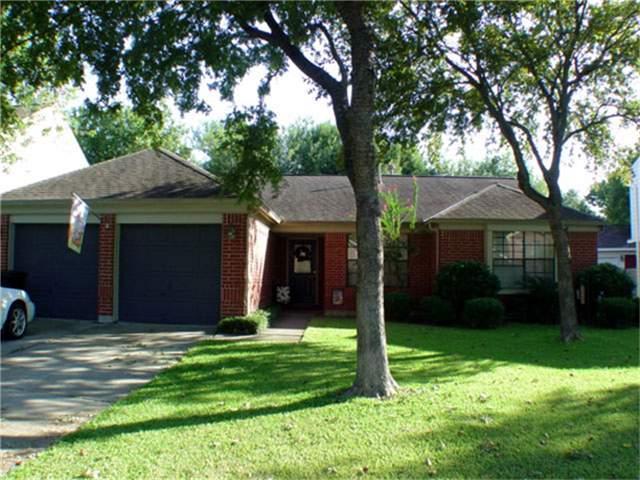 15003 Waybridge Drive, Houston, TX 77062 (MLS #41780471) :: REMAX Space Center - The Bly Team