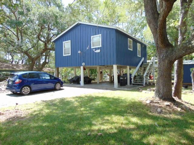 147 Private Road 652, Sargent, TX 77414 (MLS #41803917) :: The SOLD by George Team