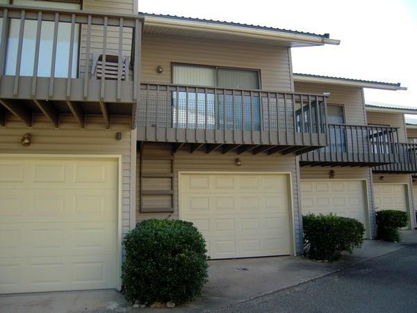 217 Bass Boat Village, Huntsville, TX 77320 (MLS #41811637) :: Texas Home Shop Realty