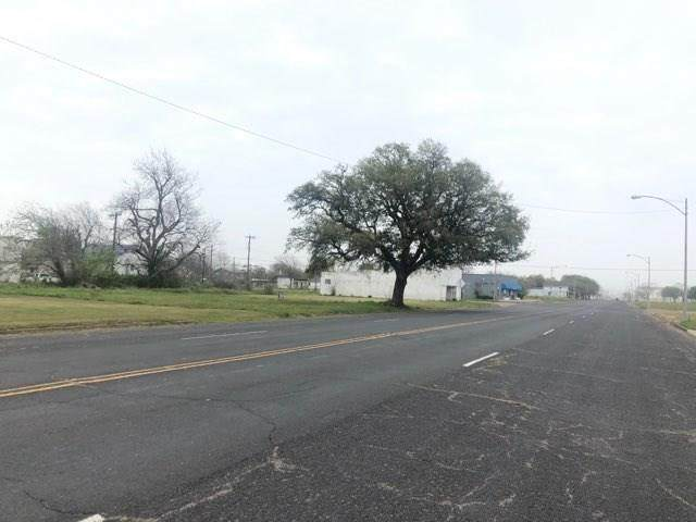423 Texas Avenue - Photo 1