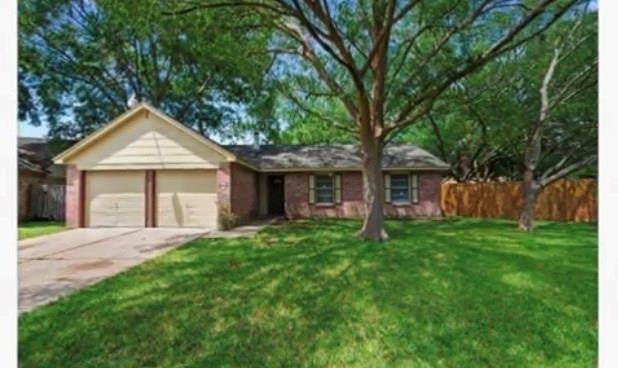 19906 Pinefield Court, Humble, TX 77338 (MLS #42415615) :: The SOLD by George Team