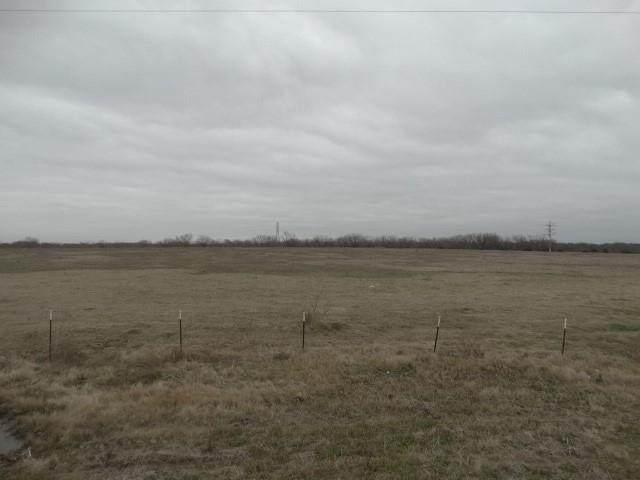 17930 N Interstate North 35, West, TX 76691 (MLS #42569151) :: Bray Real Estate Group
