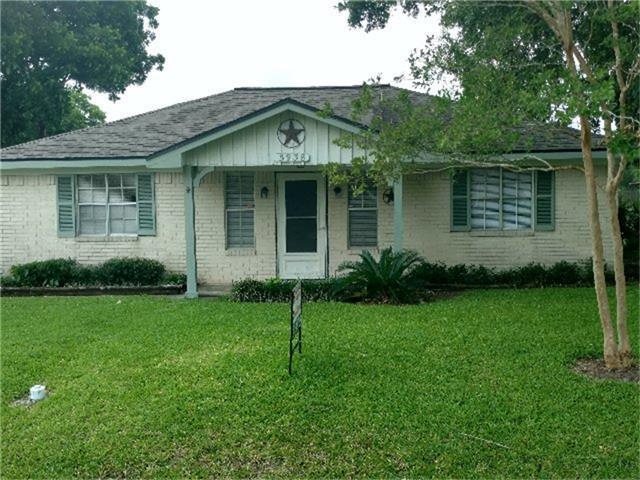 5938 Josephine Street, Pearland, TX 77584 (MLS #42636722) :: Christy Buck Team