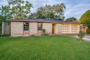 16610 Tibet Road, Friendswood, TX 77546 (MLS #42811487) :: Texas Home Shop Realty
