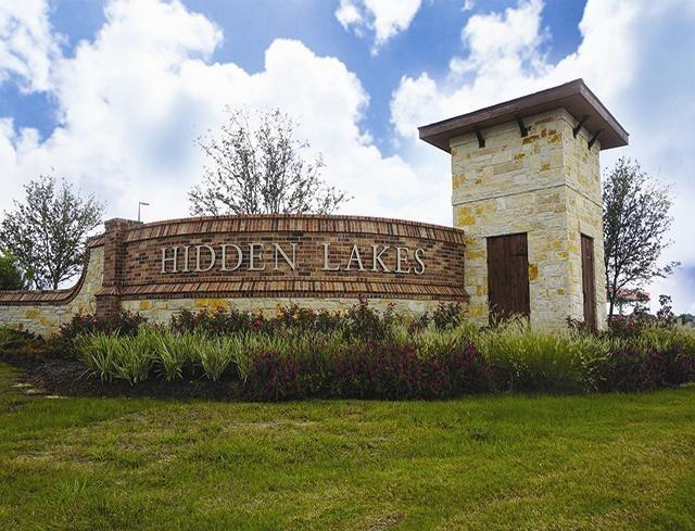 1703 Garden Point Lane, League City, TX 77573 (MLS #43525606) :: The Bly Team