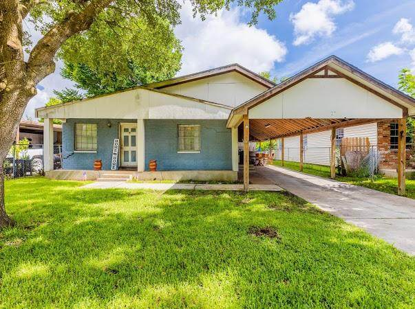 4709 36th Street, Dickinson, TX 77539 (MLS #43590314) :: The SOLD by George Team