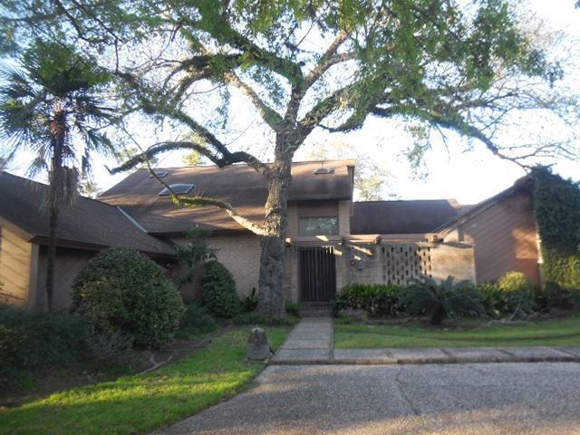 4 Tokeneke Trail, Houston, TX 77024 (MLS #43719662) :: Texas Home Shop Realty