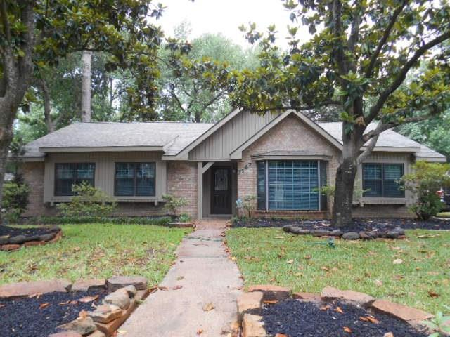 7147 Bayou Forest Drive, Houston, TX 77088 (MLS #43731133) :: Texas Home Shop Realty