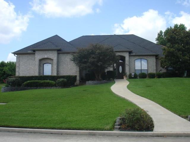 332 Edgewood Drive, Montgomery, TX 77356 (MLS #4396012) :: The Sansone Group