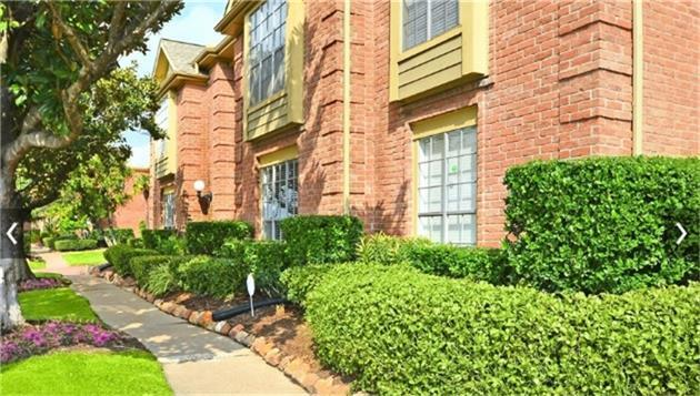 12400 Overbrook Lane 44D, Houston, TX 77077 (MLS #44302043) :: Christy Buck Team