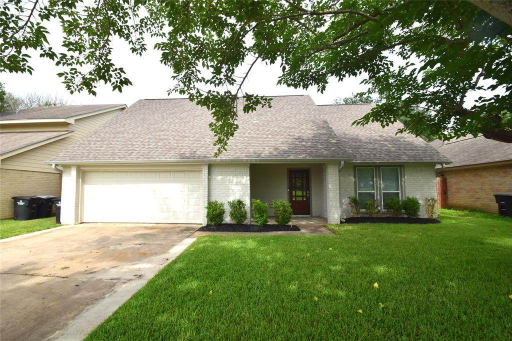 1406 Airline Drive - Photo 1
