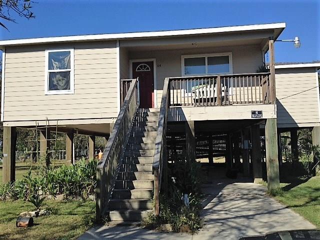 114 Lone Oak, Anahuac, TX 77514 (MLS #44579680) :: Ellison Real Estate Team