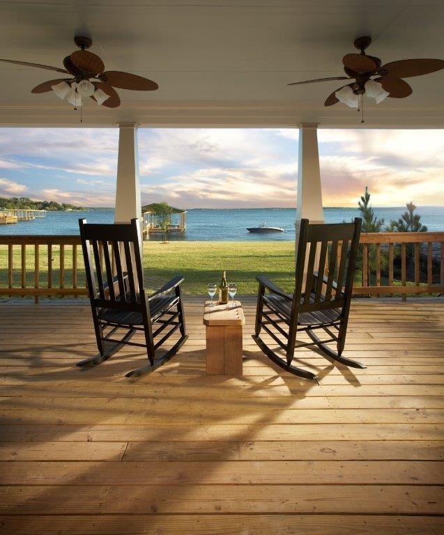 354 Waterfront Drive Drive, Onalaska, TX 77351 (MLS #4504290) :: Texas Home Shop Realty