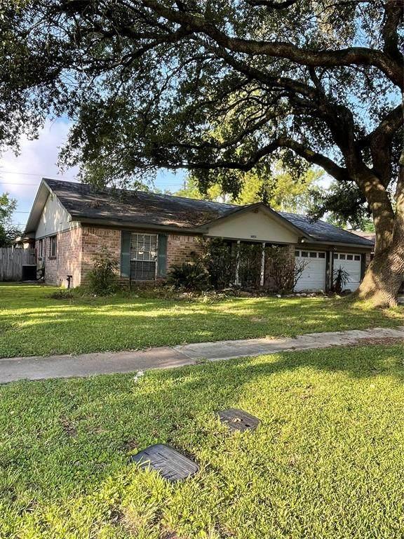 8851 Alcott Drive, Houston, TX 77080 (MLS #45098710) :: The Wendy Sherman Team