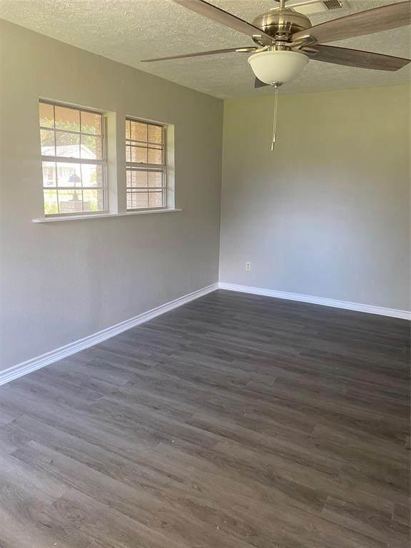 6041 Pine Avenue Avenue, Port Arthur, TX 77640 (MLS #45201647) :: Texas Home Shop Realty