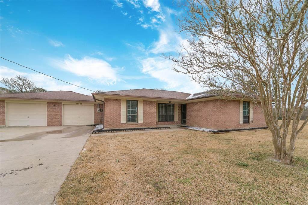 13500 Harmon Estate Rd - Photo 1