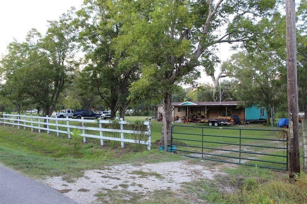 4826 County Road 652 - Photo 1