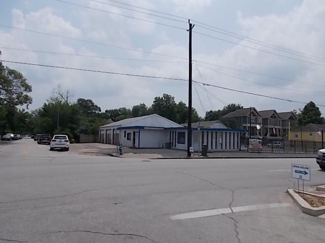 1718 N Shepherd, Houston, TX 77008 (MLS #45571154) :: Texas Home Shop Realty