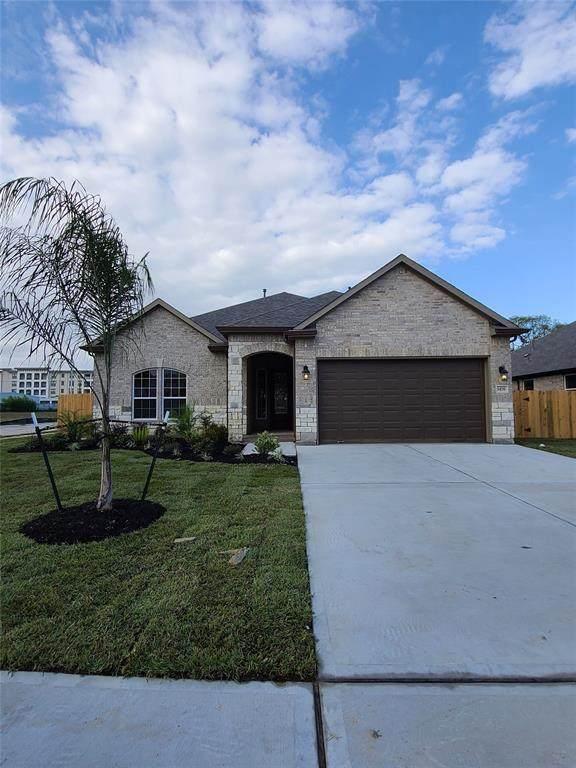 1476 Lake Mija Court, Seabrook, TX 77586 (MLS #45574613) :: The Freund Group