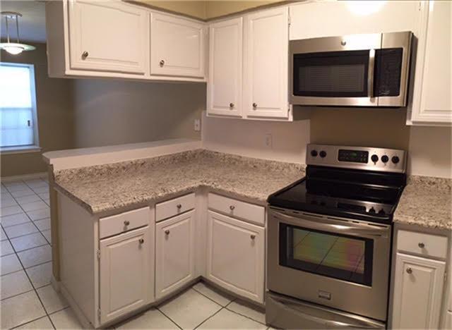 17105 Beaver Springs Drive #9, Houston, TX 77090 (MLS #45807623) :: Fairwater Westmont Real Estate