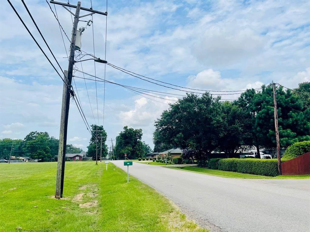 9 Bowlin Avenue - Photo 1