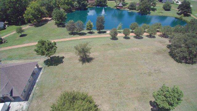 180 Bentwood Drive, Montgomery, TX 77356 (MLS #46019845) :: The Home Branch