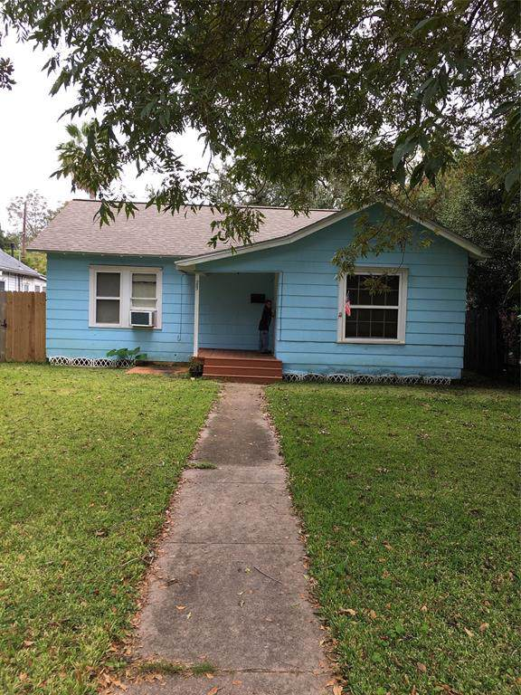 23 12th Avenue N, Texas City, TX 77590 (MLS #46381577) :: The Queen Team