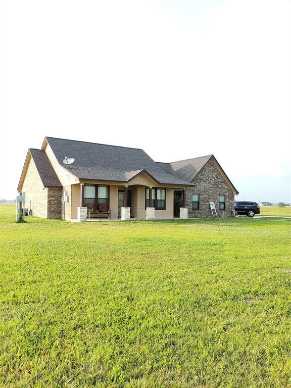 856 Longhorn Trail, Angleton, TX 77515 (MLS #47535790) :: The SOLD by George Team