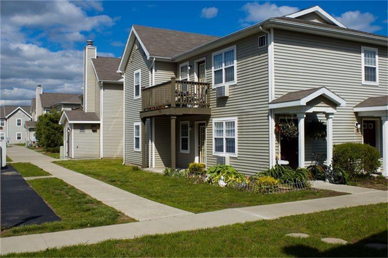 3258 Pine Terrace - Photo 1