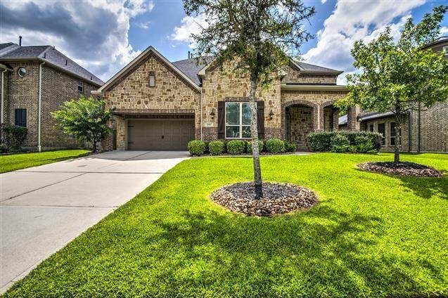 17611 Sycamore Shoals, Humble, TX 77346 (MLS #47700057) :: The SOLD by George Team