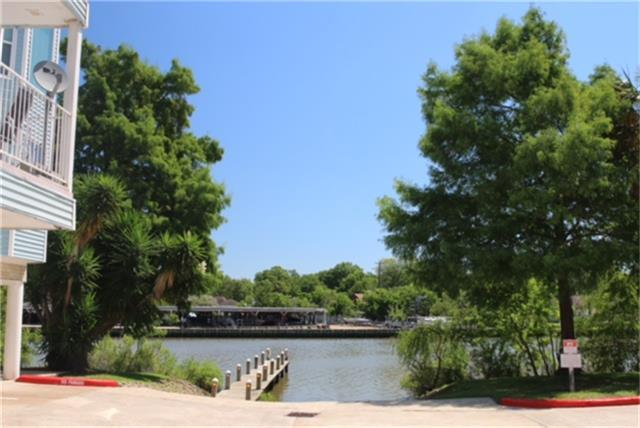 18617 Egret Bay Boulevard #1116, Webster, TX 77058 (MLS #48007409) :: The SOLD by George Team