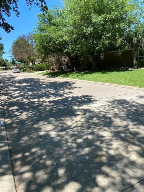 8447 Hunters Creek Drive, Hunters Creek Village, TX 77024 (MLS #4824486) :: Keller Williams Realty