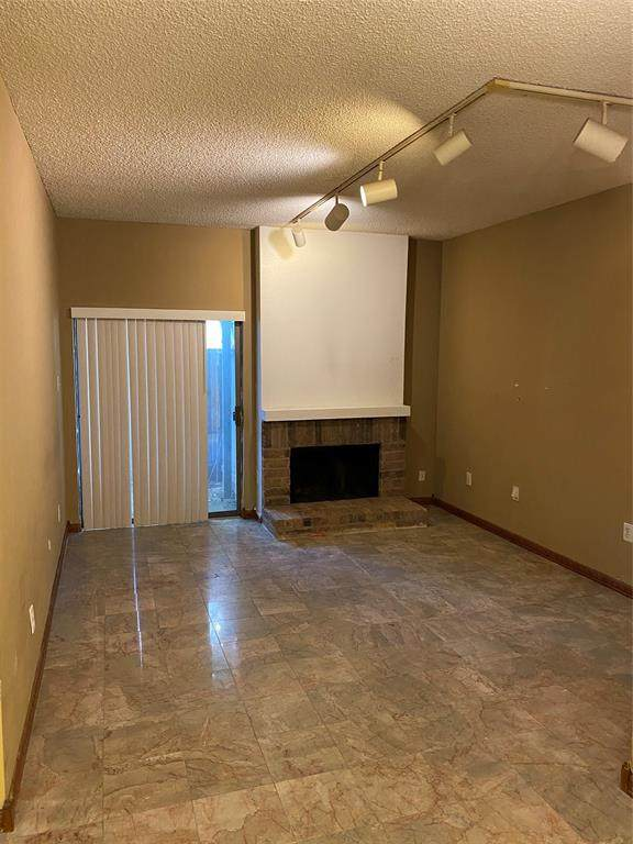 10051 Westpark Drive #219, Houston, TX 77042 (MLS #48431750) :: The SOLD by George Team