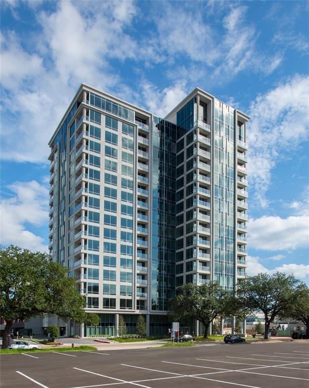 2047 Westcreek Lane #701, Houston, TX 77027 (MLS #48869522) :: REMAX Space Center - The Bly Team